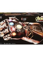 hasbro-marvel-legends-infinity-gauntlet-articulated-electronic-fist-toyslife-04