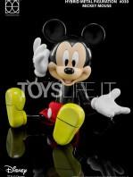 herocross-disney-mickey-toyslife-02