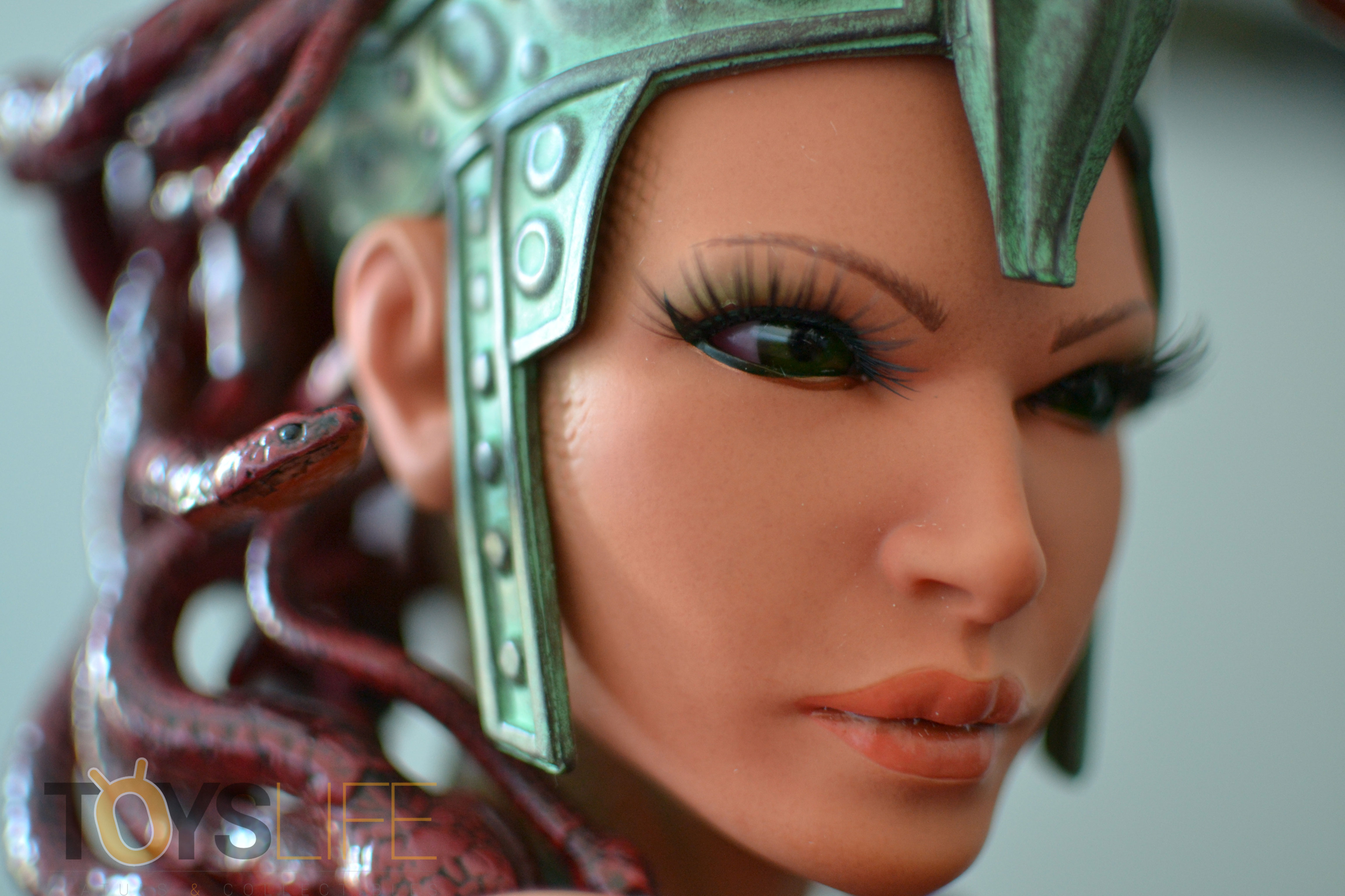 hmo-medusa-bust-toyslife-review-17