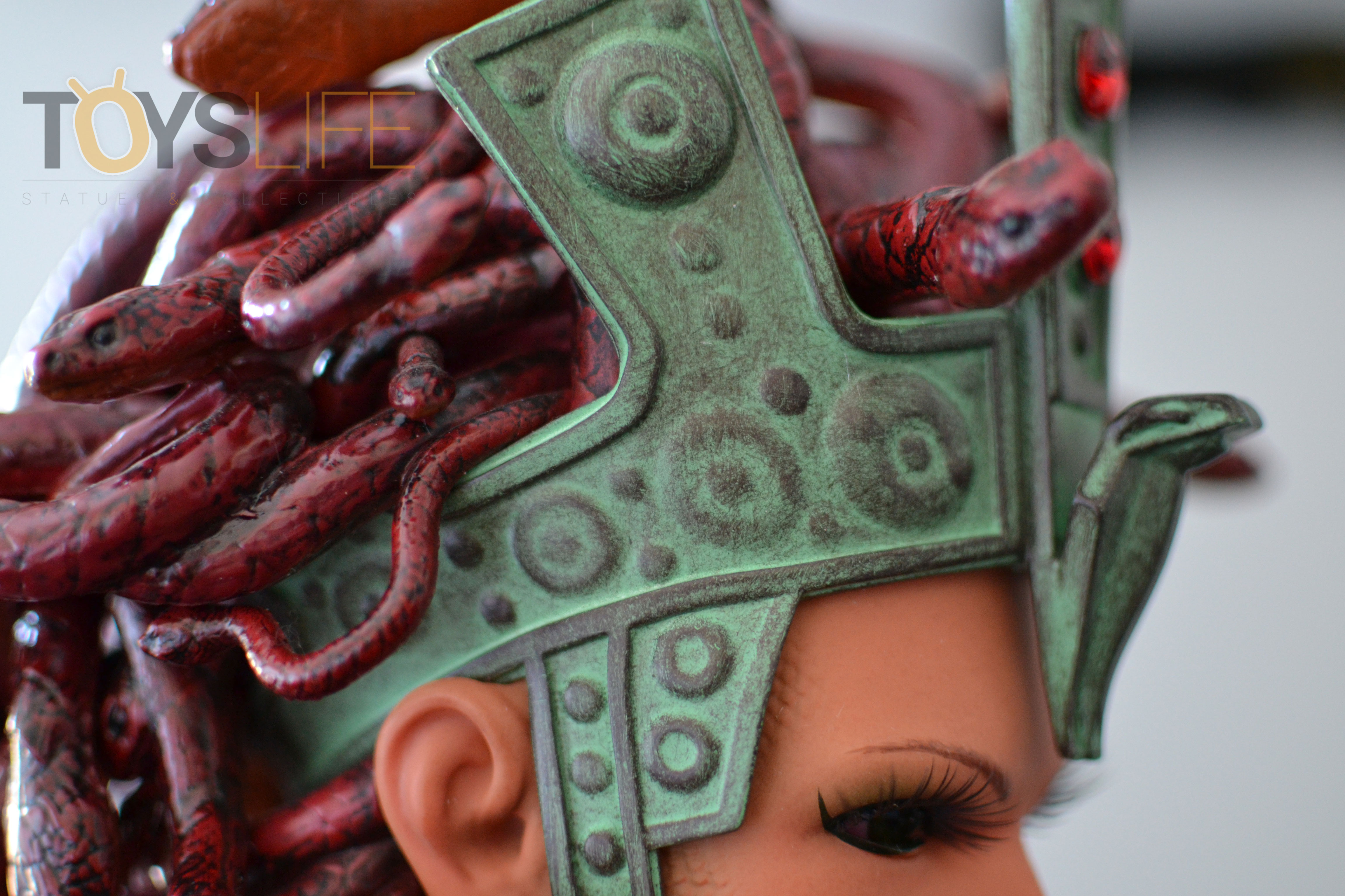 hmo-medusa-bust-toyslife-review-22