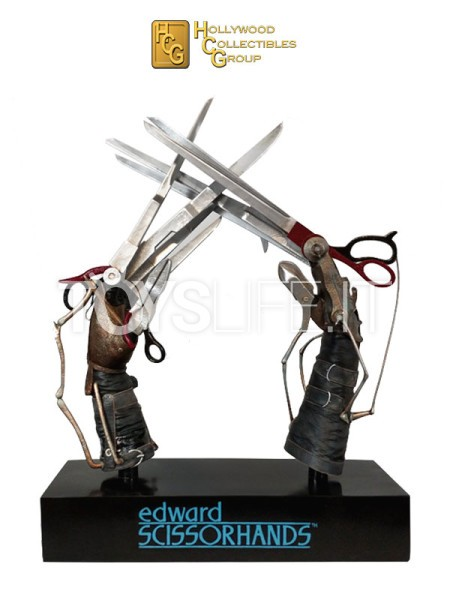 hollywood-collectibles-edward-scissorhands-prop-replica-toyslife-icon