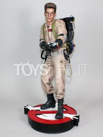 hollywood-collectibles-ghostbusters-egon-spengler-statue-toyslife-01