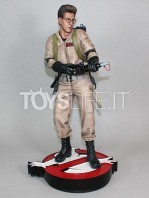 hollywood-collectibles-ghostbusters-egon-spengler-statue-toyslife-02
