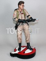 hollywood-collectibles-ghostbusters-egon-spengler-statue-toyslife-03