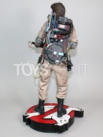 hollywood-collectibles-ghostbusters-egon-spengler-statue-toyslife-04