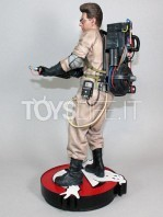 hollywood-collectibles-ghostbusters-egon-spengler-statue-toyslife-05