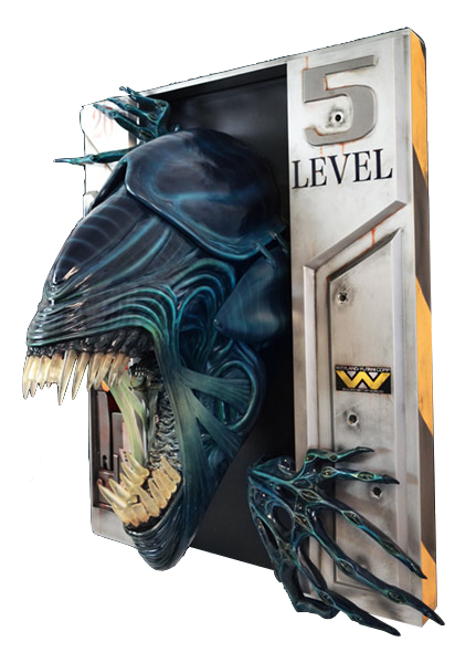 hollywood-logo-aliens-alien-queen-wall-lifesize-sculpture-toyslife