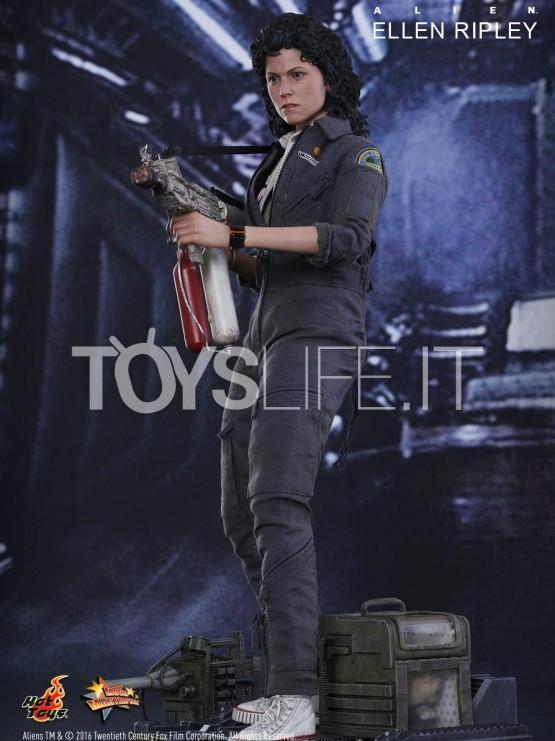 Hot Toys Alien Ellen Ripley 1 6 Figure Toyslife