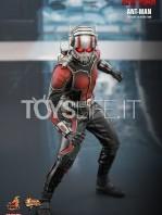 hot-toys-ant-man-toyslife-01