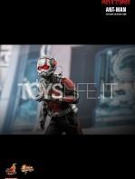 hot-toys-ant-man-toyslife-04