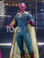 hot-toys-avengers-age-of-ultron-vision-toyslife-01