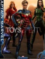 hot-toys-avengers-endgame-captain-1:6-figure-toyslife-02