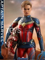 hot-toys-avengers-endgame-captain-1:6-figure-toyslife-08