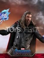 hot-toys-avengers-endgame-thor-1:6-figure-toyslife-04