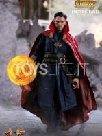hot-toys-avengers-infinity-war-dr.-strange-figure-toyslife-01