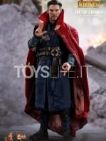 hot-toys-avengers-infinity-war-dr.-strange-figure-toyslife-03