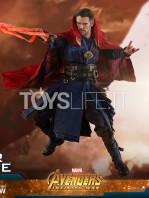 hot-toys-avengers-infinity-war-dr.-strange-figure-toyslife-08