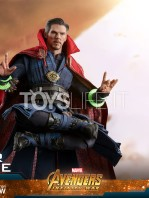 hot-toys-avengers-infinity-war-dr.-strange-figure-toyslife-12