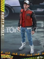 hot-toys-back-to-the-future-2-marty-mcfly-sixth-scale-toyslife-icon