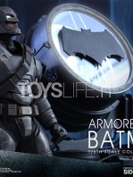 hot-toys-dawm-of-justice-batman-armored-toyslife-04