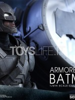 hot-toys-dawm-of-justice-batman-armored-toyslife-05