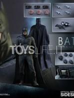 hot-toys-dawm-of-justice-batman-toyslife-10