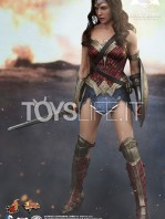 hot-toys-dawm-of-justice-wonder-woman-toyslife-01