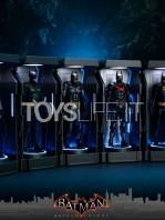 hot-toys-dc-batman-arkham-knight-minature-armory-set-toyslife-03