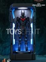 hot-toys-dc-batman-arkham-knight-minature-armory-set-toyslife-08