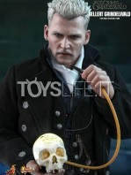 hot-toys-fantastic-beasts-the-crimes-of-grindenwald-gellert-grindenwald-figure-toyslife-03
