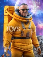 hot-toys-guardians-of-the-galaxy-stan-lee-toyfair-2019-exclusive-figure-toyslife-02