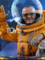 hot-toys-guardians-of-the-galaxy-stan-lee-toyfair-2019-exclusive-figure-toyslife-08