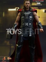 hot-toys-hawkeye-age-of-ultron-toyslife-006