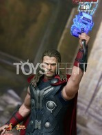 hot-toys-hawkeye-age-of-ultron-toyslife-04