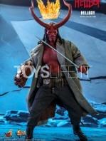 hot-toys-hellboy-2019-figure-toyslife-09