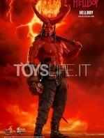 hot-toys-hellboy-2019-figure-toyslife-10