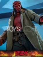 hot-toys-hellboy-2019-figure-toyslife-12