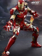 hot-toys-ironman-mark-43-quarter-scale-002
