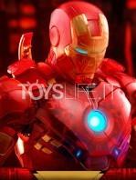 hot-toys-ironman-mark-iv-holographic-toyfair-2020-1:6-figure-toyslife-10