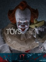 hot-toys-it-chapter-2-pennywise-figure-toyslife-10