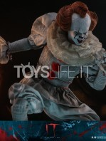 hot-toys-it-chapter-2-pennywise-figure-toyslife-13