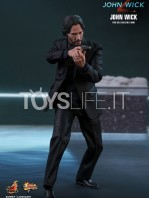 hot-toys-john-wick-2-john-wick-sixth-scale-figure-toyslife-04