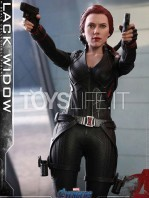 hot-toys-marvel-avengers-endgame-black-widow-figure-toyslife-05