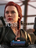 hot-toys-marvel-avengers-endgame-black-widow-figure-toyslife-11