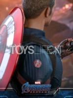 hot-toys-marvel-avengers-endgame-captain-america-figure-toyslife-13