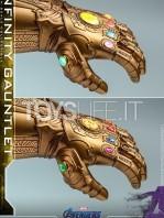 hot-toys-marvel-avengers-endgame-infinity-gauntlet-14-replica-toyslife-06