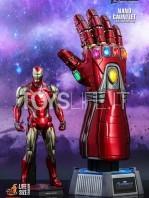 hot-toys-marvel-avengers-endgame-ironman-nano-gauntlet-lifesize-replica-toyslife-05
