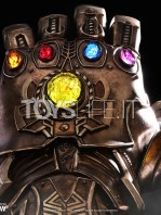 hot-toys-marvel-avengers-infinity-war-infinity-gauntlet-life-size-replica-toyslife-06