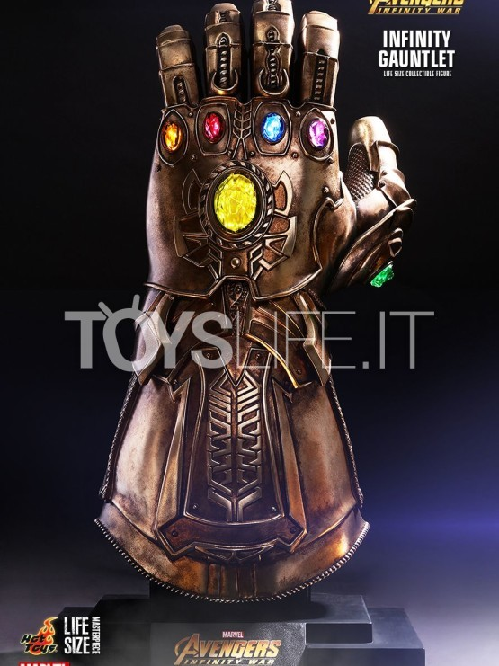 hot-toys-marvel-avengers-infinity-war-infinity-gauntlet-life-size-replica-toyslife-icon