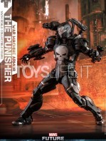 hot-toys-marvel-the-punisher-war-machine-armor-figure-tosylife-01